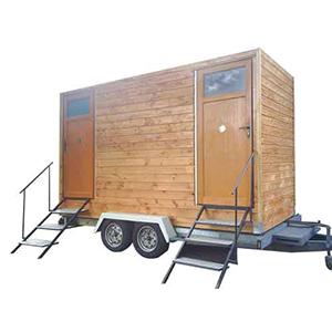 Bungalow sanitaires en bois proposé à la location par GLF